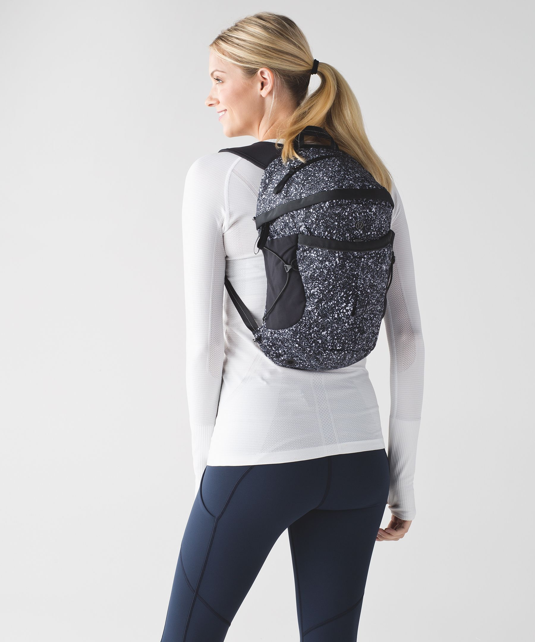 a4b9b19f287 run all day backpack *reflective   women's bags   lululemon athletica